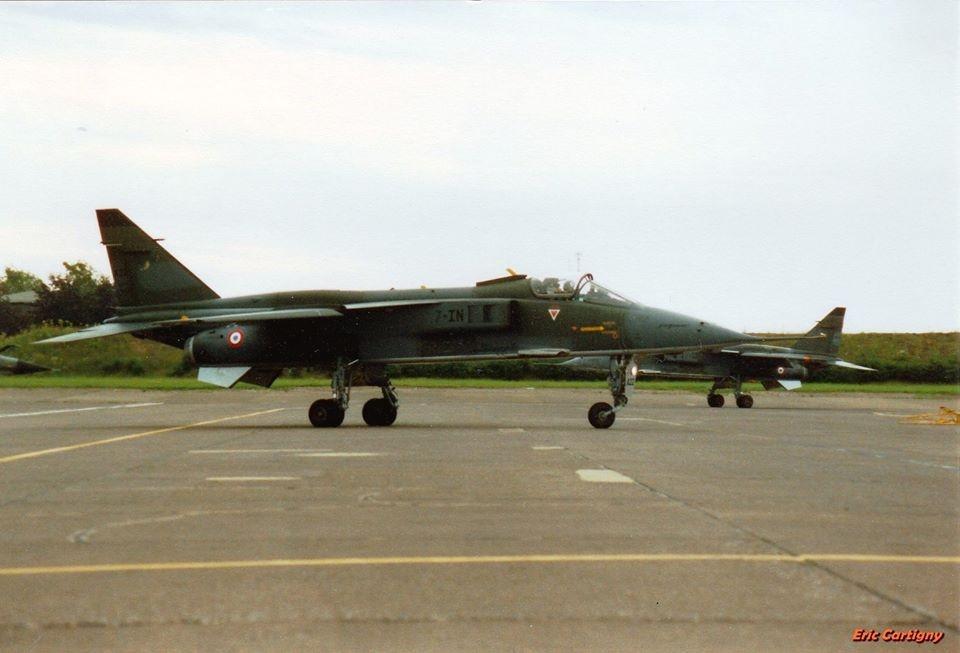 A22 7-IN arrive à l'escale de luxeuil le 27 juin1990