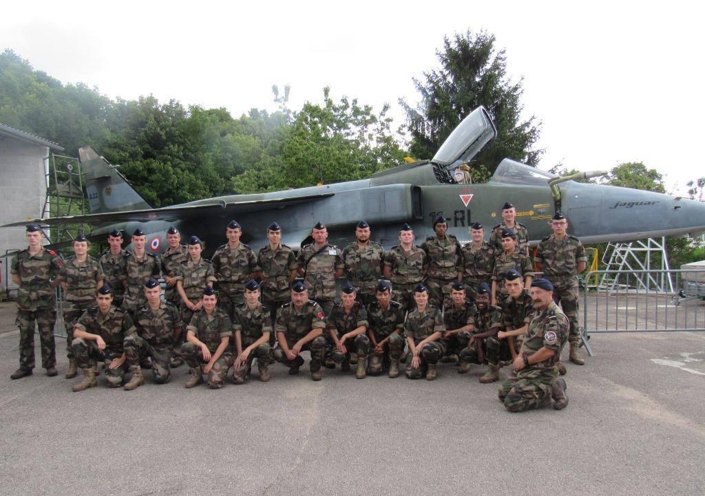 25 juillet : visite du musée par les jeunes FMIR de la base aérienne.