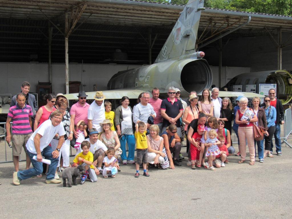 Groupe 2cv de l' Asso du patrimoine de Mérié ( Méry-es-bois) 30 juil 2016