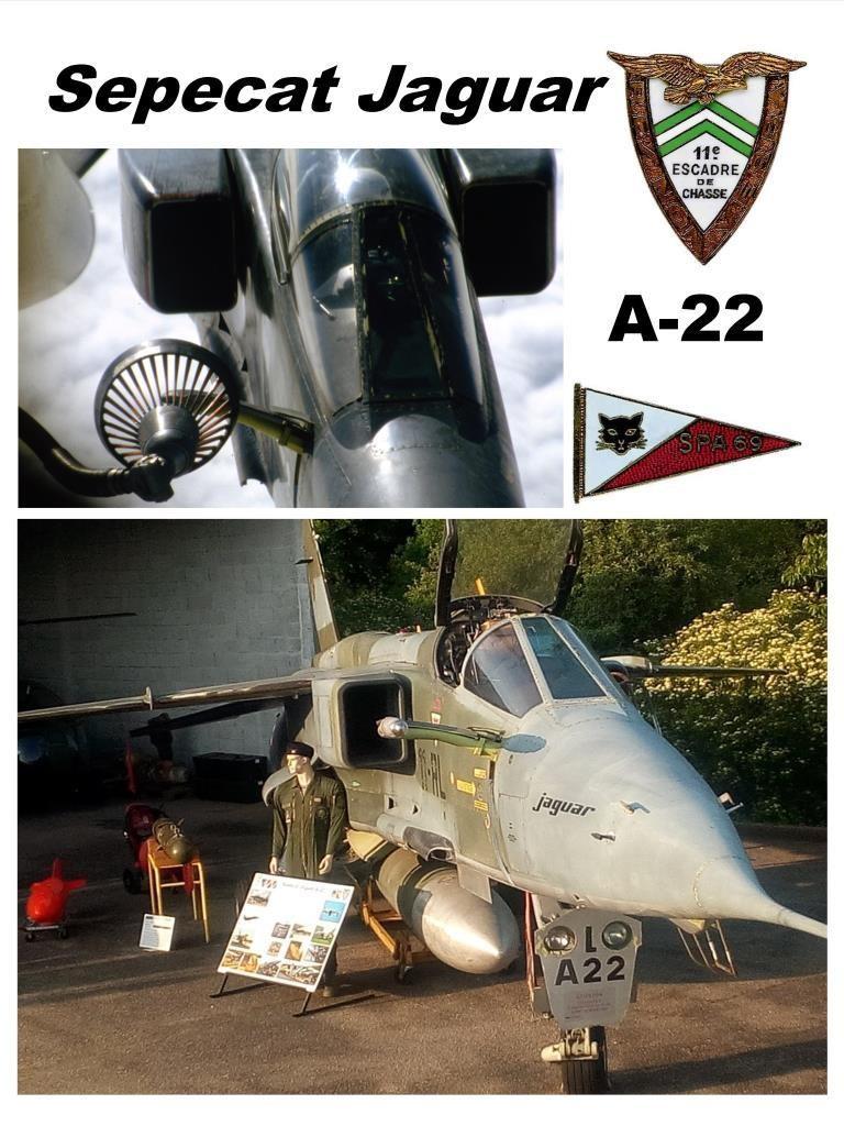 Panneau du A-22 au musée.