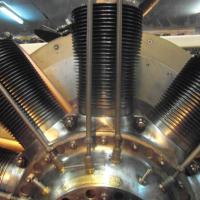 9 cylindres en étoile rotatif, 130 cv