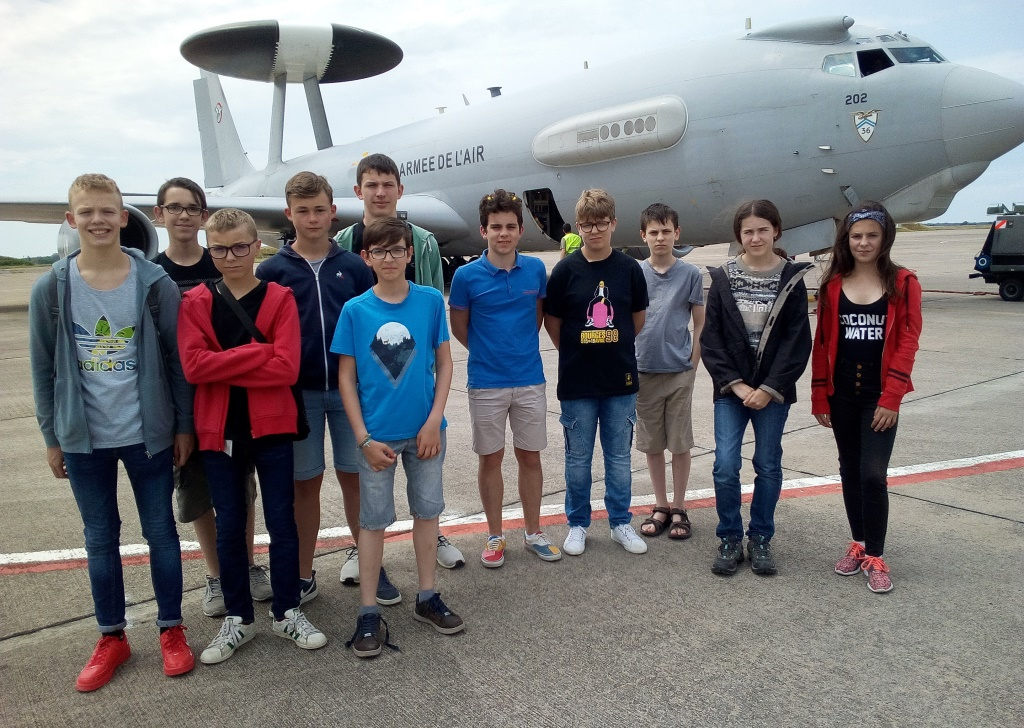 BIA visite AWACS