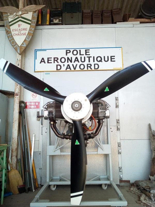 Hélice du moteur diésel SMA SR-305